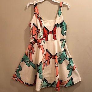 Judith March bow pattern fit & flare zip dress, L